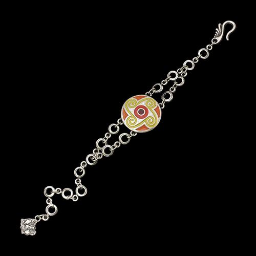 Verzilverde nikkelvrije armband Talyana in lengte verstelbaar. SALE € 8.00. Op sieradencorner.nl vind je klassieke, vintage en trendy sieraden voor betaalbare prijzen