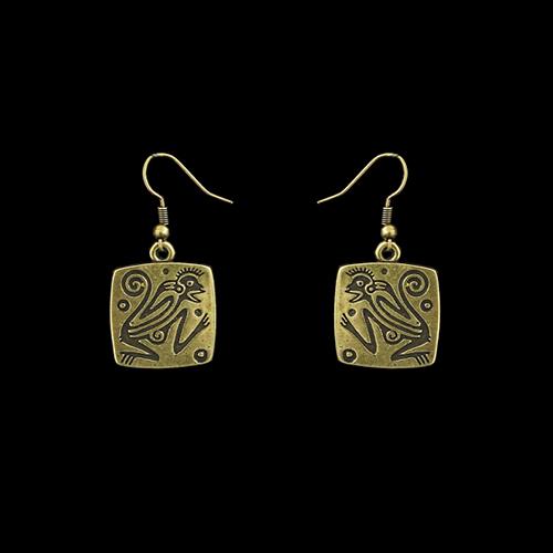 Oorbellen Ognena Brons een uniek sieraad. In combinatie met de armband Ognena Brons en oorbellen Ognena Brons heeft u een uniek setje sieraden. Exclusieve sieraden bij sieradencorner.nl Prijs € 8,00.