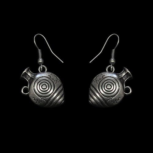 Oorbellen Amfora een uniek sieraad met bedeltjes in de vorm van kruikjes.. In combinatie met ketting Amfora en armband Amfora heeft u een uniek setje sieraden | sieradencorner.nl