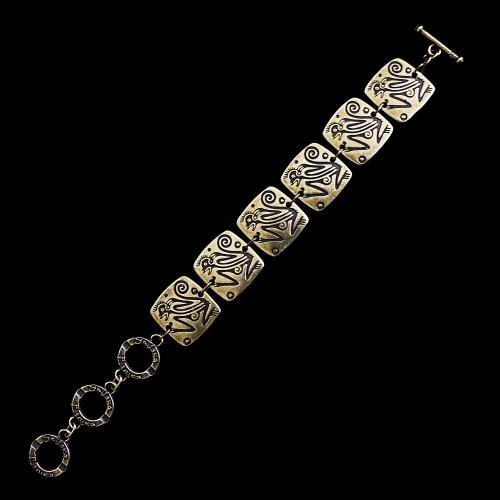 Armband Ognena Brons een uniek sieraad. In combinatie met oorbellen Ognena Brons heeft u een uniek setje sieraden. Exclusieve sieraden bij sieradencorner.nl. Prijs € 13,00 Exclusieve sieraden van uit de gehele wereld binnen handbereik bij sieradencorner.nl.