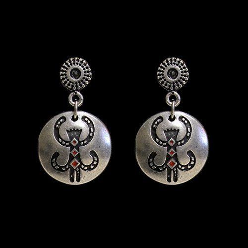 Oorbellen Dobrovoda een uniek sieraad met afbeelding geluksaapje. In combinatie met ketting Dobrovoda en armband Dobrovoda heeft u een uniek setje sieraden| Prijs € 9,00 | sieradencorner.nl