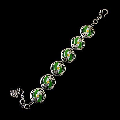 Zilverkleurig-nikkelvrije-armband-Stepovik-green-a. Lengte 21cm. Prijs € 13,00 | sieradencorner.nl